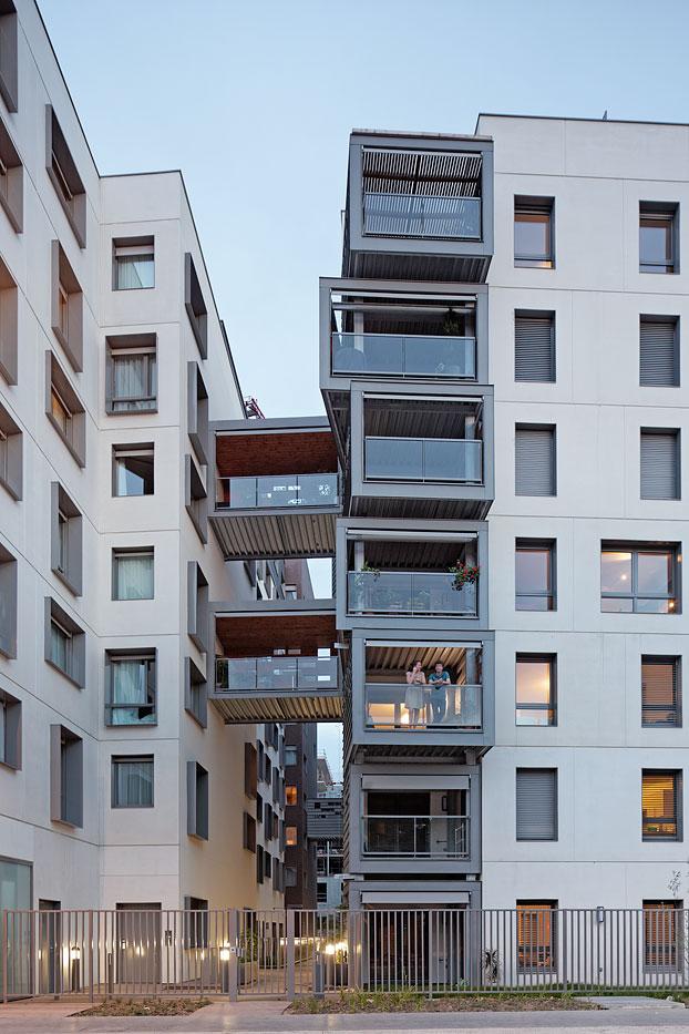 logements h tel et commerces pietri architectes issy les moulineaux 2011 vincent fillon. Black Bedroom Furniture Sets. Home Design Ideas