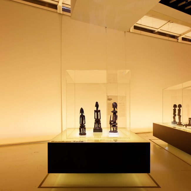 Dogon, Musée du Quai Branly, Projectiles, Paris, 2011