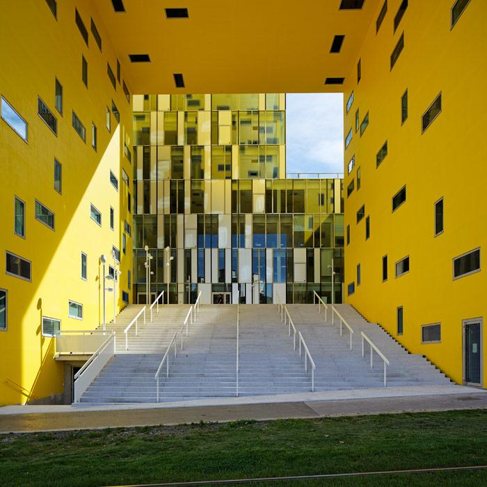 Cité des Affaires, Manuelle Gautrand Architecture, Saint Etienne, 2011